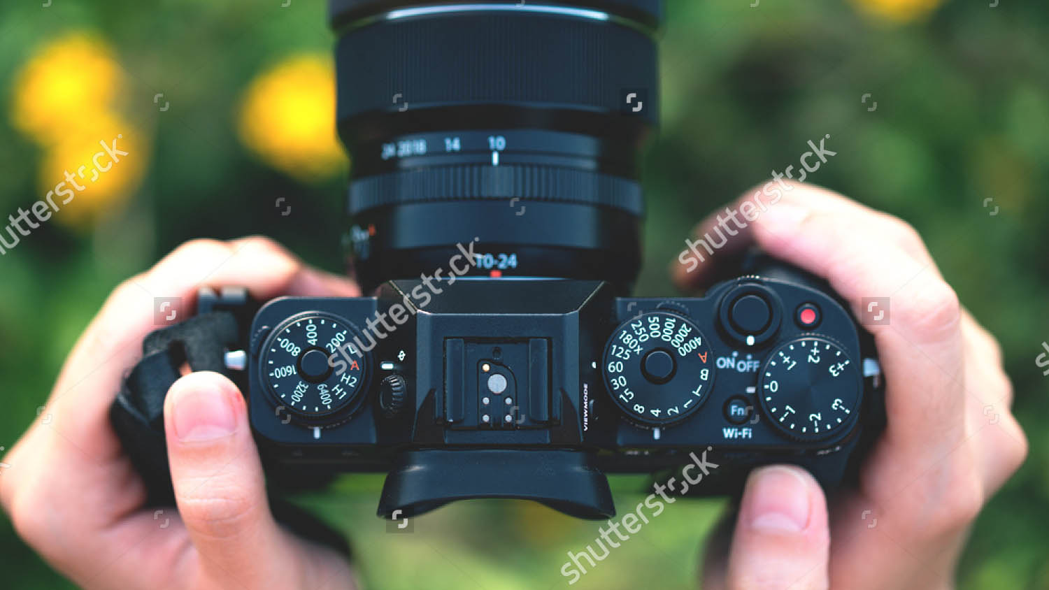 The Top 7 Most Expensive Camera Lenses Ever - Pixsy Biggest telephoto lens ever